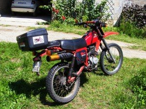 3900CRT-002-300x225 dans MOTOS